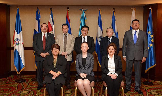 Opiniones de consejo de ministros de guatemala for Clausula suelo consejo de ministros