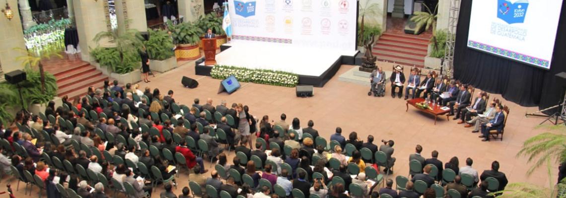 https://www.segeplan.gob.gt/nportal/index.php/sala-de-prensa/1529-en-evento-de-promocion-de-las-prioridades-nacionales-de-desarrollo-segeplan-presenta-plataforma-oficial-en-linea